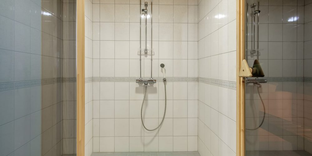 Huoneisto - Oma sauna 6